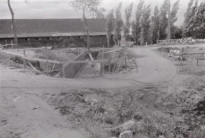 Bouwwerken bij boerderij, 1972
