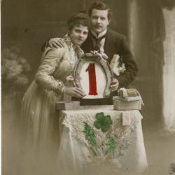 Beeldzijde nieuwjaarskaart, koppel met cijfer 1, 1910