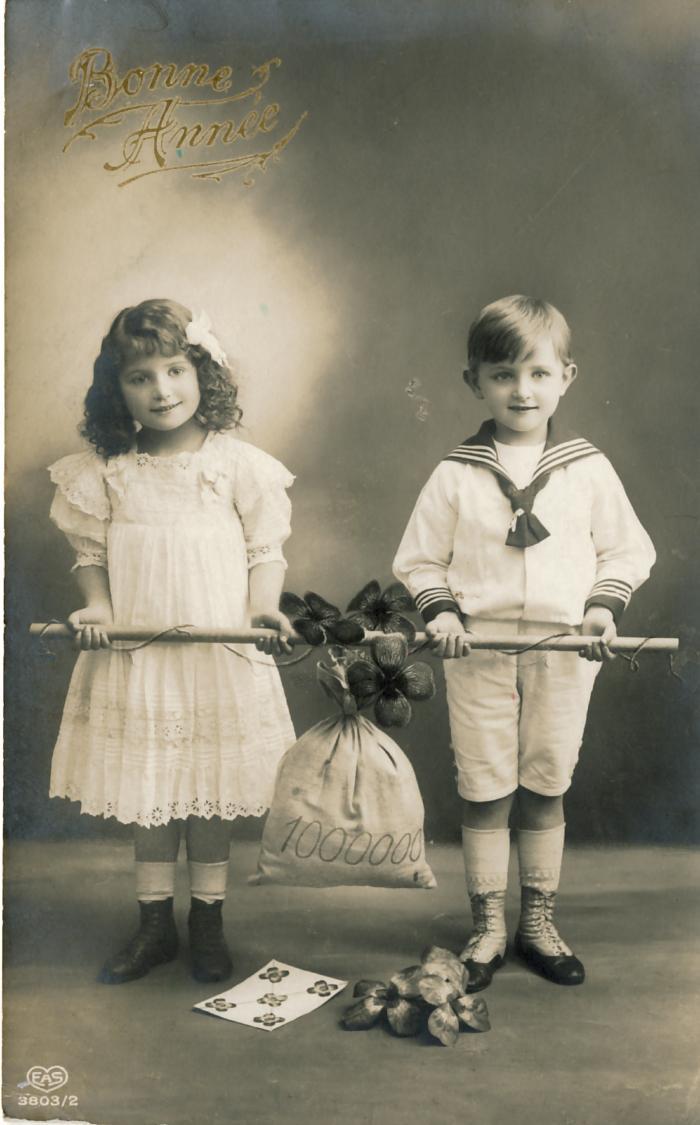 Beeldzijde nieuwjaarskaart, kinderen met zak geld, 1916
