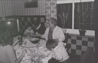 Verjaardagsfeestje Hilde (Vanryckeghem?), Moorslede mei 1971