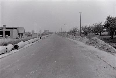 Bouwwerf langs landelijke weg, Moorslede 1971