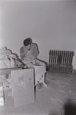 Pottenbakker aan het werk, Dadizele 1971