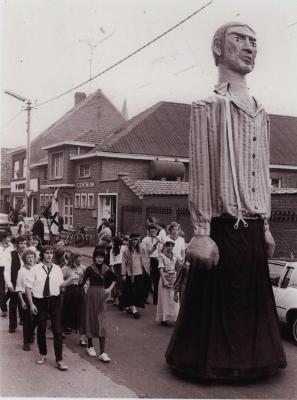 Reus Jan Pieter of de Rosten van Kachtem op markt, 26 september 1980