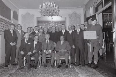 Klasse 34 ontvangen door minister Breyne, mei 1971