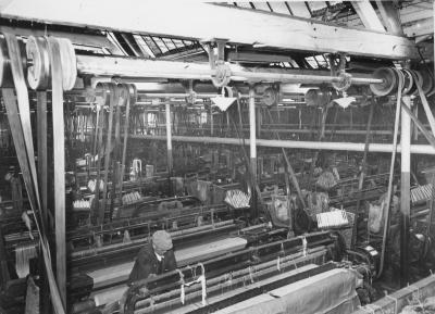 Interieur onbekende weverij uit Roeselare, jaren 1950