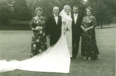 Huwelijksfoto van Walter Vermeulen en Irène Verstraete, 1968