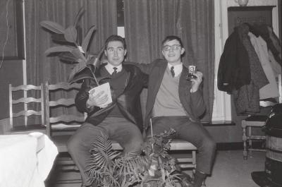 Huldiging kampioen tafelvoetbal café 't Postje, Moorslede 1969