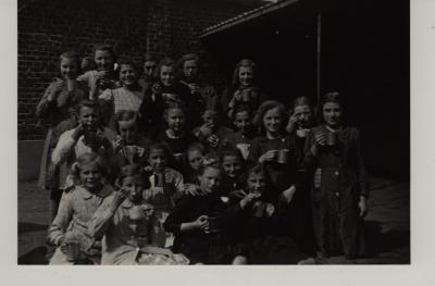 Winterhulp soep in school, 1943, Roeselare