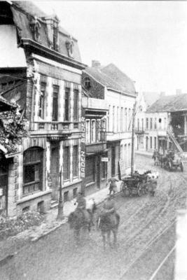 Duitse soldaten trekken terug uit Roeselare