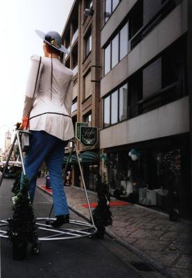 Eerste rondgang van reuzin Mamallia op de Batjes, Roeselare, 2000