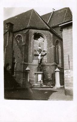 Kruisbeeld op het Sint-Michielsplein