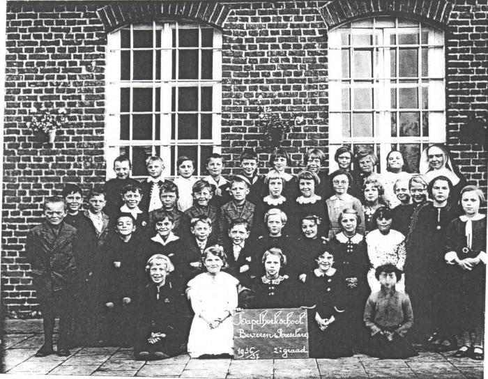 Schoolfoto Kapelhoekschool, 1936-1937
