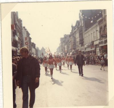 Fotoreportage over de betoging vogelvangst, Roeselare