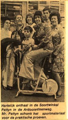 Batjesprinsessen 1974 in sportwinkel Pattyn