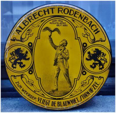 Oude koekendoos met afbeelding van Rodenbach, Roeselare