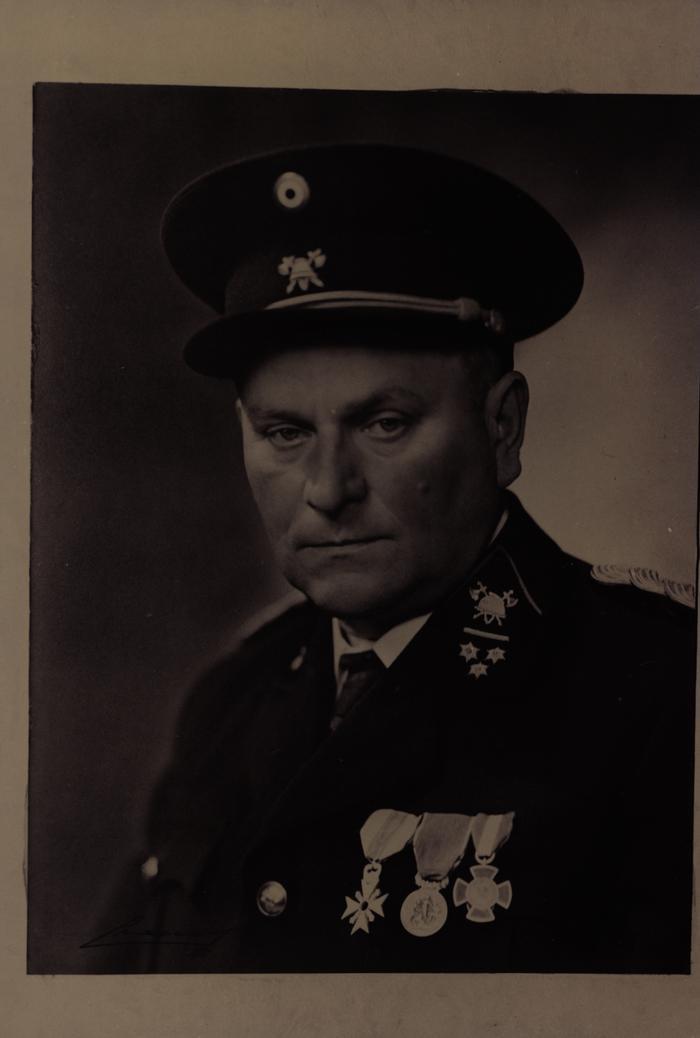 Bevelhebber Kapitein-Commandant Louis Coussée, 1917 tot 1959