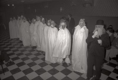 Fotoreportage: harmonie Passendale, feest Willem Van Eecke, Passendale januari 1978