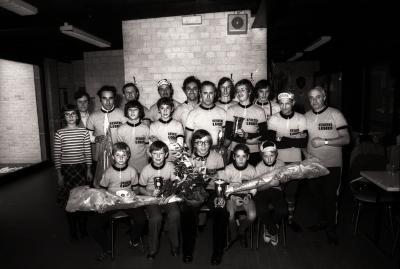 Huldiging kampioen van WCT 'De Grimmertingetrappers', Moorslede oktober 1977