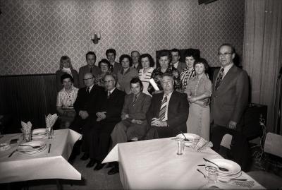 Groepsfoto met bloedgevers, Westrozebeke 1977
