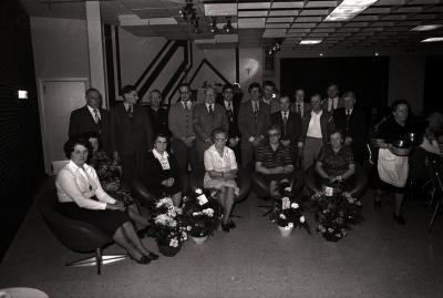 Groepsfoto van bloedgevers; Moorslede april 1977