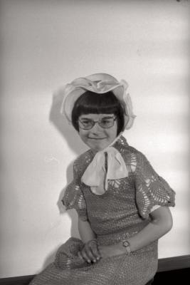 Foto's Eerste Communie Inge, Moorslede mei 1977