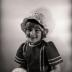 Anneke Bruneel: foto's voor communieprentje, Moorslede mei 1977