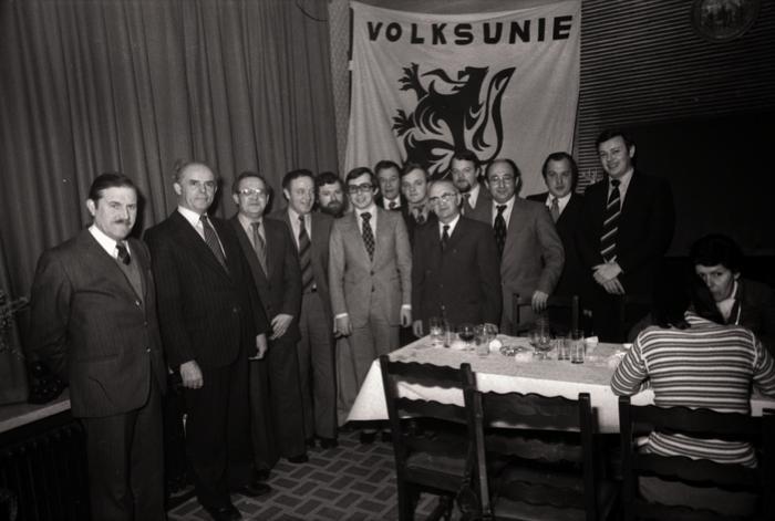 Groepsfoto leden Volksunie, Moorslede februari 1977