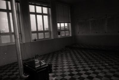 Verlaten gemeenteschool, Slypskapelle februari 1977
