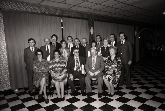 Groepsfoto met bloedgevers, Passendale februari 1977