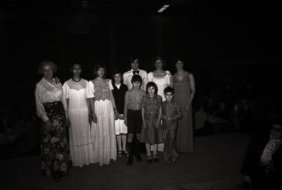 Modeshow in sporthal, Moorslede februari 1977