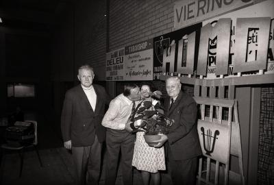 Huldiging 500ste lid bij bond gepensioneerden, Moorslede 1976