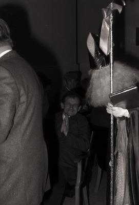 Sinterklaas op bezoek in rusthuis, Moorslede 1976