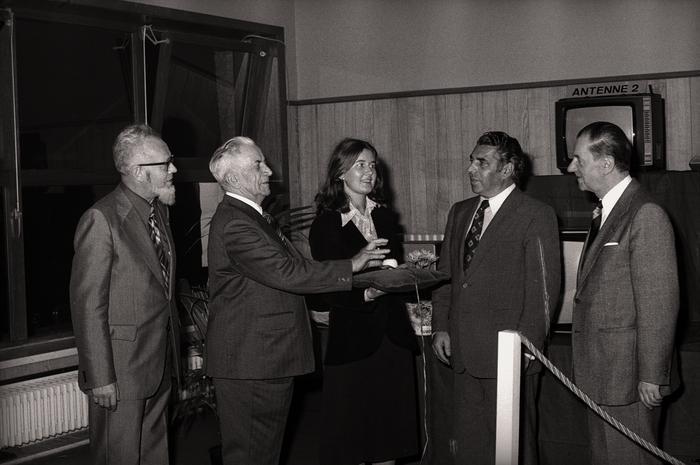 Opening winkel (?) TV en FM, Westrozebeke 1976