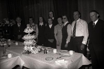 Feest van Familie Huygebaert (Zuster Marie) in zaal The Ranch, Moorslede 1976