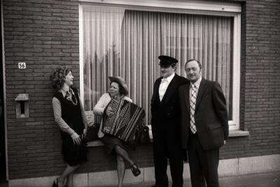 Achiel Houtekier viert 25 jaar huwelijk, Moorslede april 1976