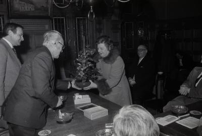 G. Dewulf ontvangen op gemeentehuis, Moorslede februari 1976