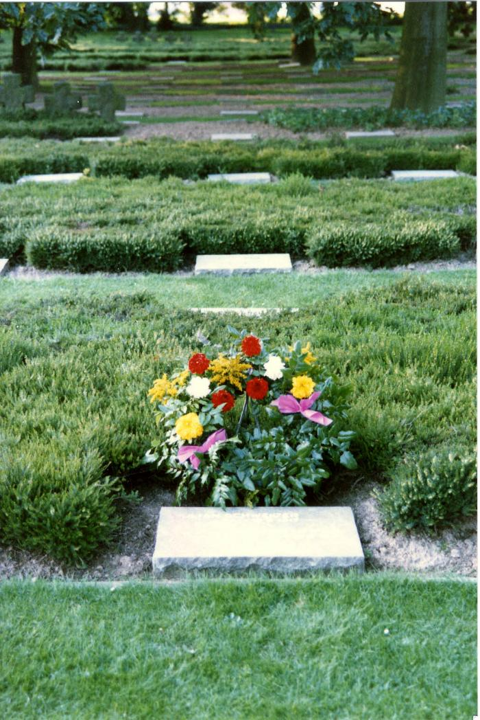 Grafsteen van een Duitse soldaat