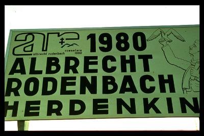 Reclamebord herdenking Albrecht Rodenbach