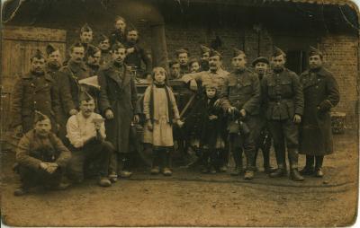 Soldaten en kinderen ten tijde van WOI