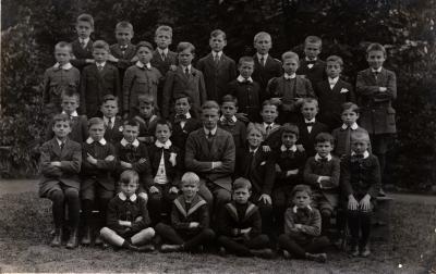 Klasfoto uit begin jaren 1900