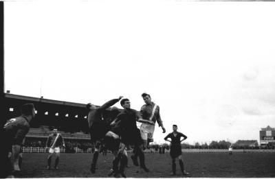 Voetbalspel voor het doel, Izegem 1957