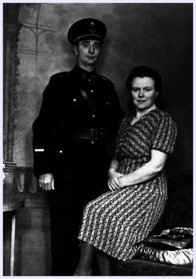 Veldwachter Deforce met vrouw, 1943