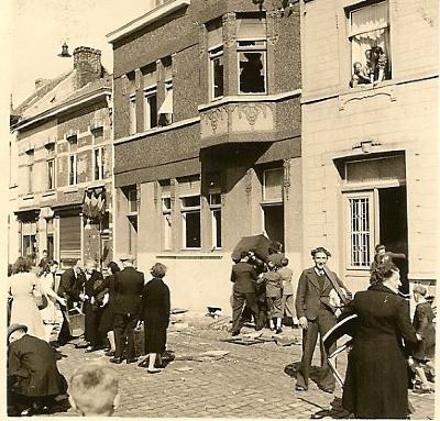 Plunderingen,  Izegem, 1944