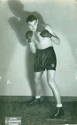 Bernard Vandoolaeghe als bokser, Gistel