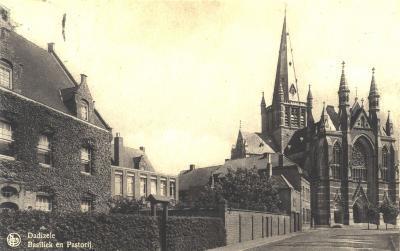 Basiliek en pastorij, Dadizele