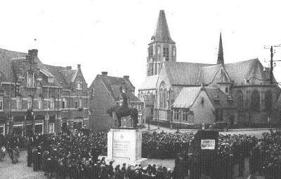 Kerk en markt, Moorslede