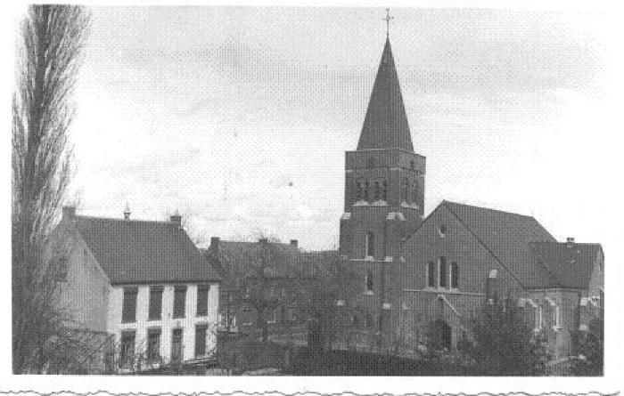 Pastorij en kerk van Slypskpelle (Moorslede)