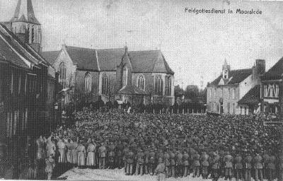 Openluchtmis voor Duitse soldaten op markt, Moorslede 25 oktober 1914
