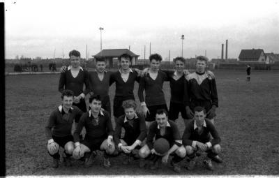 Voetbalspelers bij junioren, Izegem 1957