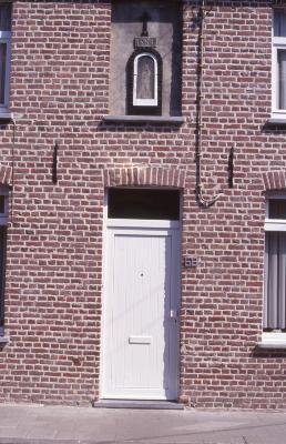 Gevelkapel Kattenstraat, 1997